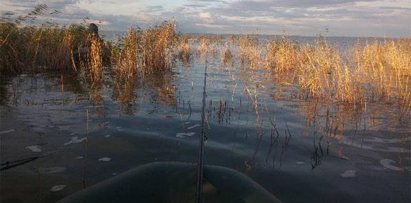 Рыбалка но озере Уелги